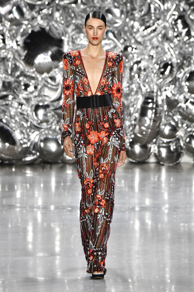 Naeem+Khan+Runway+September+2018+New+York+qcI6-eLO9eIl